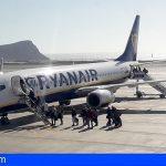 Las conexiones aéreas con la península pasan de los 10.622 a 254 viajeros al día