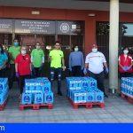Granadilla agradece al cantante Neo Pinto la donación de 1.140 litros de lácteos