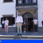 Santiago del Teide guarda un minuto de silencio por las víctimas del COVID-19 y se suma al luto oficial
