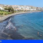 Adeje reabre al público de cara al fin de semana el 90% de sus playas
