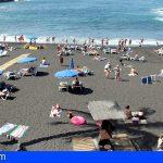 Stgo. del Teide reabre las zonas de arena de las playas para paseos y hacer deporte