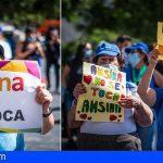 Tenerife | Trabajadores y usuarios de Ansina reivindicaron sus puestos de trabajo en el Cabildo
