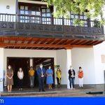 Arona guardó un minuto de silencio tras los 10 días de luto oficial por las víctimas del COVID-19