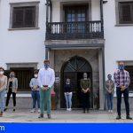 Stgo. del Teide | Minuto de silencio por las víctimas del COVID en el último día de luto oficial