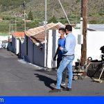 Santiago del Teide | El Alcalde visita el comienzo de las obras del II Plan Municipal de Asfaltado