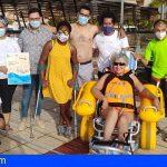 Güímar cuenta desde este domingo con una silla anfibia para las personas con movilidad reducida