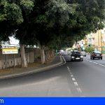 Un motorista herido de carácter moderado al chocar con un vehículo en Guargacho