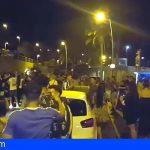 Policía de Arona desalojó en Las Verónicas a decenas de jóvenes por incumplir las medidas de seguridad