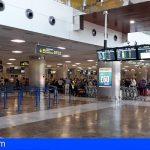 Aena y Telefónica instalan 17 nuevos desfibriladores en el aeropuerto Reina Sofía