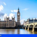 Adeje | El CEST propone que se abra la vía diplomática ante Londres y Berlín para salvar la temporada de invierno