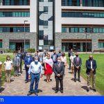 Adeje | Fraga transmite a la representación consular las acciones contra la crisis