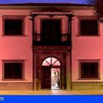 El Ayuntamiento de Stgo. del Teide se tiñe de rojo en el Día Europeo de la Dislexia