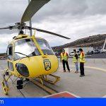 El aeropuerto Tenerife Sur, base de los helicópteros contraincedios del Cabildo, tecnología única en Canarias