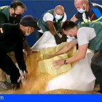 Interceptan a 50 millas de Gran Canaria, un barco con más de una tonelada de cocaína oculta en sacos de maíz