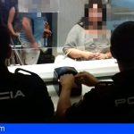 Granadilla   Dos detenidos en el Aeropuerto Reina Sofía con cartas de identidad griegas alteradas