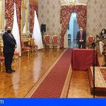 Acto de imposición de condecoraciones del Cuartel General del Mando de Canarias a personal civil