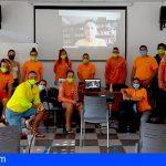 Arona | Pepe Palacios da una charla coloquio al alumnado del PFAE GJ de Socorrismo Integral