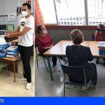 Guía de Isora distribuye un centenar de tablets a través de los centros escolares