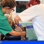 Canarias | Sanidad vacuna a casi 2.000 personas y continúa la vacunación COVID en centros sociosanitarios