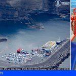 Se calcula que el gasoil vertido en Agaete haya desaparecido la próxima semana