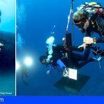 Arona | Mundo del Silencio sustituye la Cruz de la Cueva de los Camarones en la costa de el Palm Mar