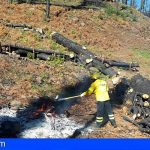 Gran Canaria realiza quemas por montones para dificultar la propagación del fuego