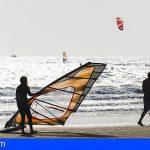 Granadilla reúne a las escuelas náuticas para abordar el estudio de ordenación en las playas del municipio