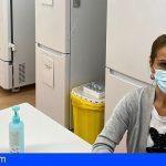 Canarias, única región española con más personas vacunadas con pauta completa que con casos de COVID-19