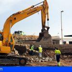 Arico | Ya se trabaja en la reparación de la tubería de agua regenerada que rompió ayer una excavadora