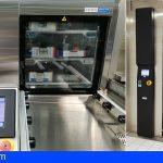 La Central de Esterilización del HUC incopora dos nuevos equipos de lavado mecánico
