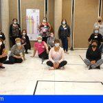 La Asociación Arcoíris promueve la capacitación social de las mujeres isoranas