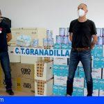 Trabajadores de Unelco/Endesa Granadilla entregan una donación de alimentos a Servicios Sociales