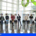 Tenerife inaugura en el intercambiador la exposición 'Ayer y Hoy. Memoria Trans de Canarias'