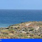 Vecinos denuncian vertidos en la costa de las viviendas ITER en el polígono de Granadilla