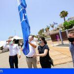 Arona mantiene sus dos banderas azules y obtiene un galardón para la playa de Las Vistas por su accesibilidad