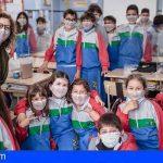 La Laguna | El Colegio Nuryana regala 2.000 mascarillas inclusivas para recuperar la sonrisa