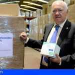 Las enfermeras donan más de 440.000 mascarillas y 10.000 protectores oculares a La Palma