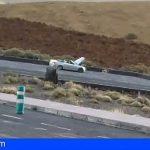 Roban con arma de fuego un coche en Llano del Camello y lo incendian en las Cañadas de El Teide